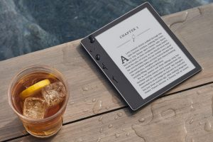 Новый е-ридер Amazon Kindle Oasis помог E Ink поднять выручку»