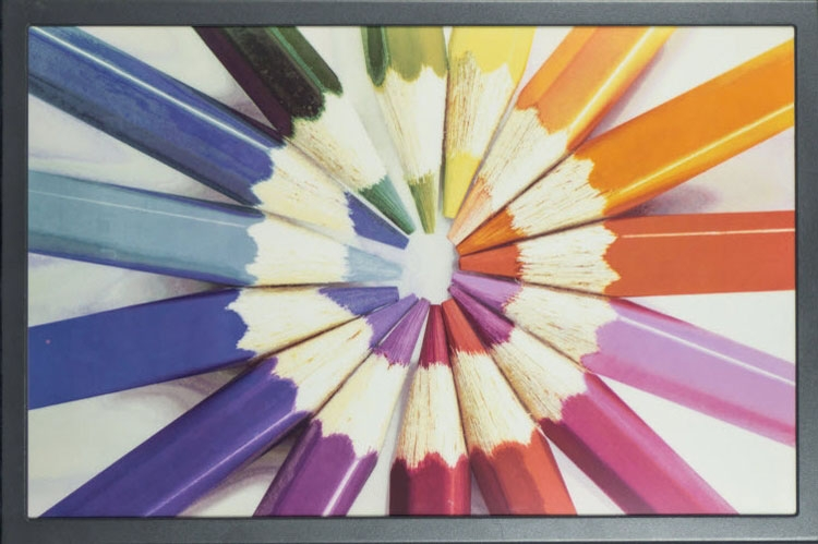 E Ink заключила первый крупный контракт на поставку ценников с дисплеями»